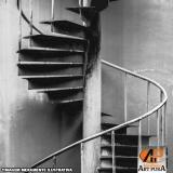 escadas semi caracol Santana de Parnaíba