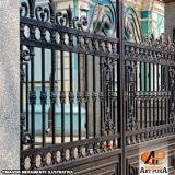 portão em ferro fundido